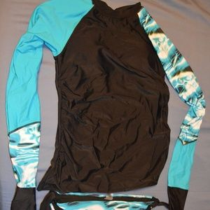 Other - Blue long sleeve Tankini